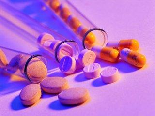 老年人服用药物,一定要注意避免这些坏习惯