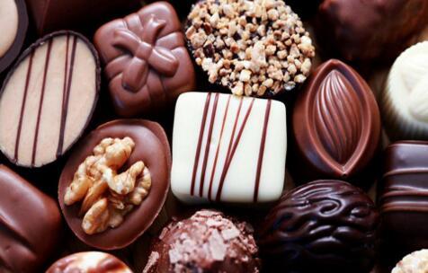 吃巧克力容易长痘痘? 这是真的吗?