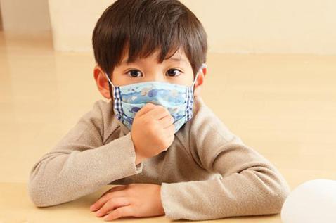 孩子出现剧烈咳嗽,要立刻送入医院