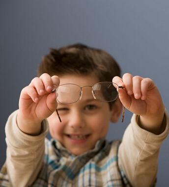 如何辨别真性近视与假性近视