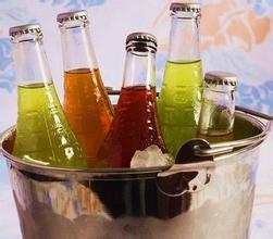 饮料当水喝少女患糖尿病