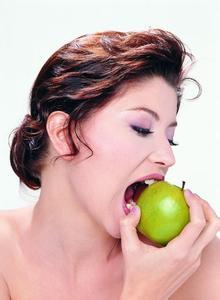 口腔溃疡久拖易癌变