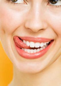 反复口腔溃疡暗示什么病
