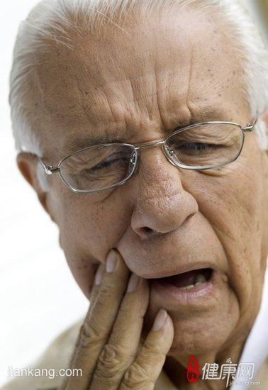 牙隐裂临床上都有什么表现呢