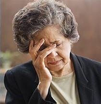 花甲老人白内障手术后险失明