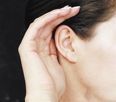 老年缓解听力障碍的方法
