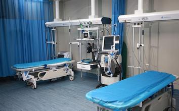 急诊患者等医生错过治疗时间 倒地身亡