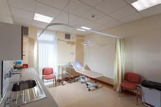 成都公共卫生临床医疗中心血透室投用