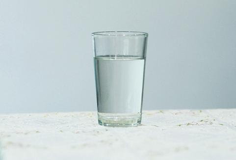 每天喝淡盐水可以减肥吗