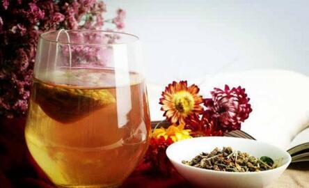山楂决明子减肥茶帮你减去多余体重
