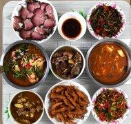 四位家庭主妇做的晚餐,大多数网友更喜欢第一家的菜,你呢