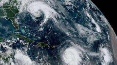玛丽亚一夜间跃升为5级飓风,气势汹汹地向美国冲去