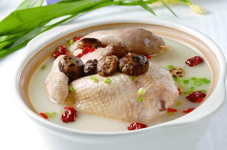 枸杞和它一起炖成汤, 产后月子餐的最佳选择, 大补元气生津安神image