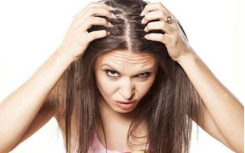为什么天天掉头发了, 女生脱发的7大原因你知道吗?image