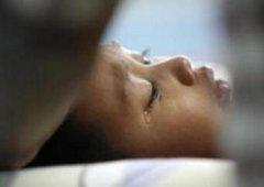男孩凌晨突然猝死,医生大骂其爹妈不配做人