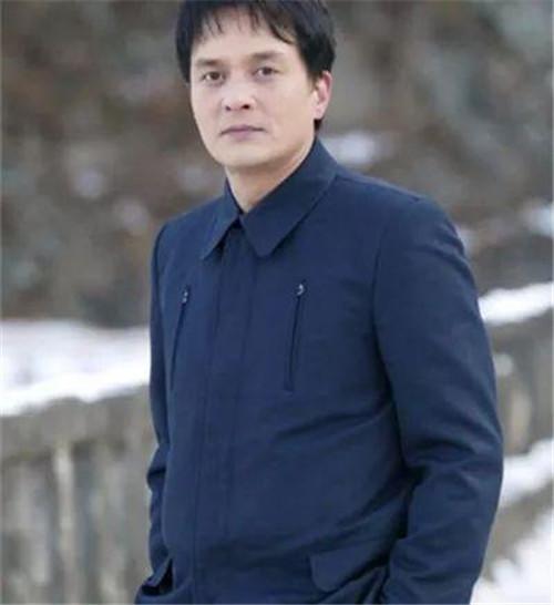 性侵门老师赵敏基疑上吊自杀生前性丑闻被曝光 与老婆金善珍早已分居