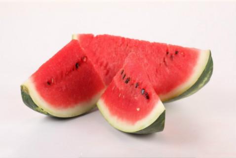 血压高多吃什么水果好呢