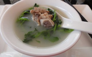 西洋菜排骨汤的做法