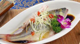 鲈鱼怎么做好吃又简单