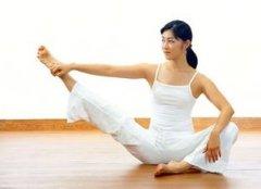 瑜伽健康动作 小腿曲线更美妙
