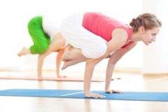 练健身瑜伽能减肥吗 5姿势拉长你的腿