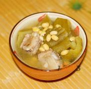 黄豆苦瓜排骨汤