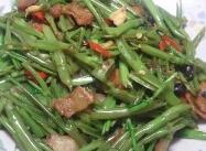 蒜香豆豉空心菜梗炒猪油渣