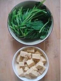 菠菜炖冻豆腐的做法