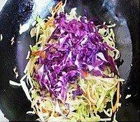 榨菜时蔬炒饼的做法