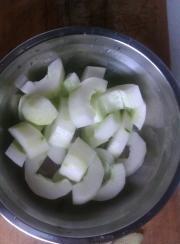 黄瓜排骨汤的做法