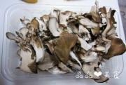 鸡肉蘑菇炒面的做法