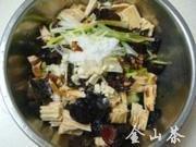 腐竹木耳拌黄瓜的做法