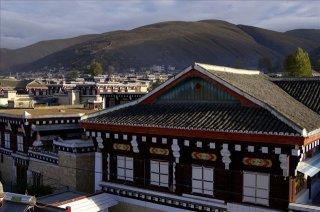 光彩事業走進藏區扶貧