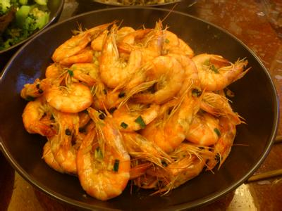 蒜蓉豉油王大虾的做法